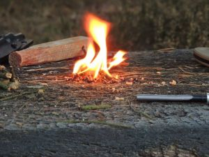 Feuer...